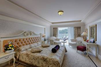 Deluxe Family Suite Grand Land
